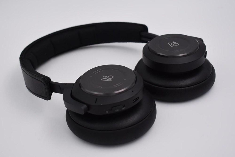 bo h9 headphone hero 100817098 large 1024x683 Bang & Olufsen加入打造「Designed for Xbox」周邊配件