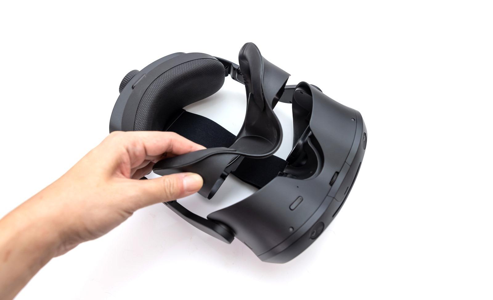 VIVE Focus 3 全球首款 5K 旗艦級 VR 一體機 (1) 開箱 @3C 達人廖阿輝