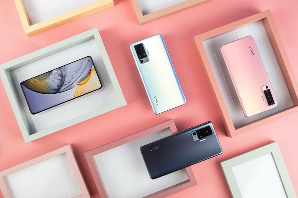 1 加入雲台結構相機設計的vivo X50系列手機登場,下半年進駐國際市場