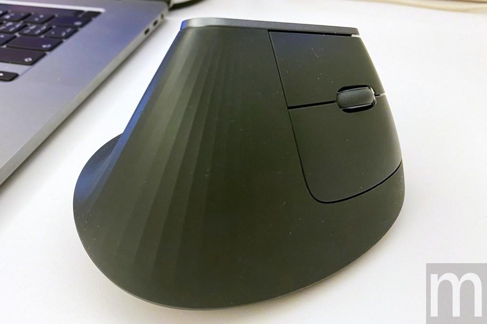 IMG 3222 動手玩/羅技如何藉由特殊滑鼠設計改善工作時的手腕痠痛問題?