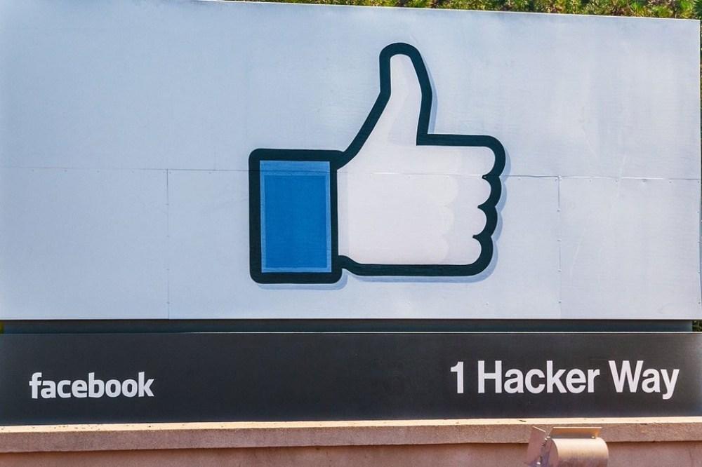 CnwWwzoW8AAamhF 抗議公司對於暴力言論沒有實質作為,Facebook員工進行「虛擬罷工」
