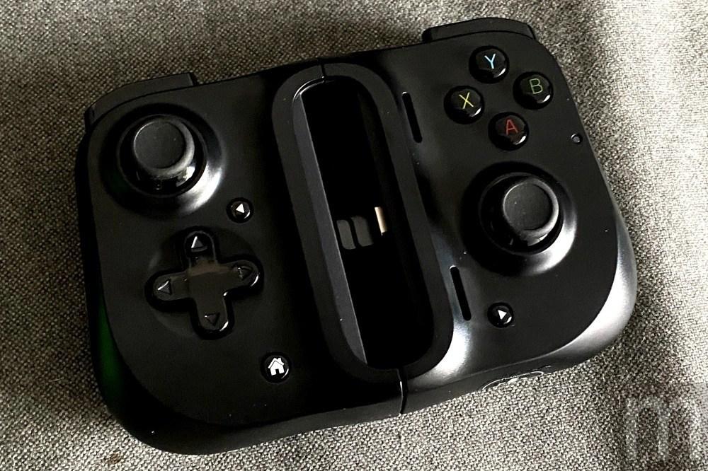 IMG 4062 動手玩/與韓國Gamevice合作,Razer新款手機控制手把Kishi