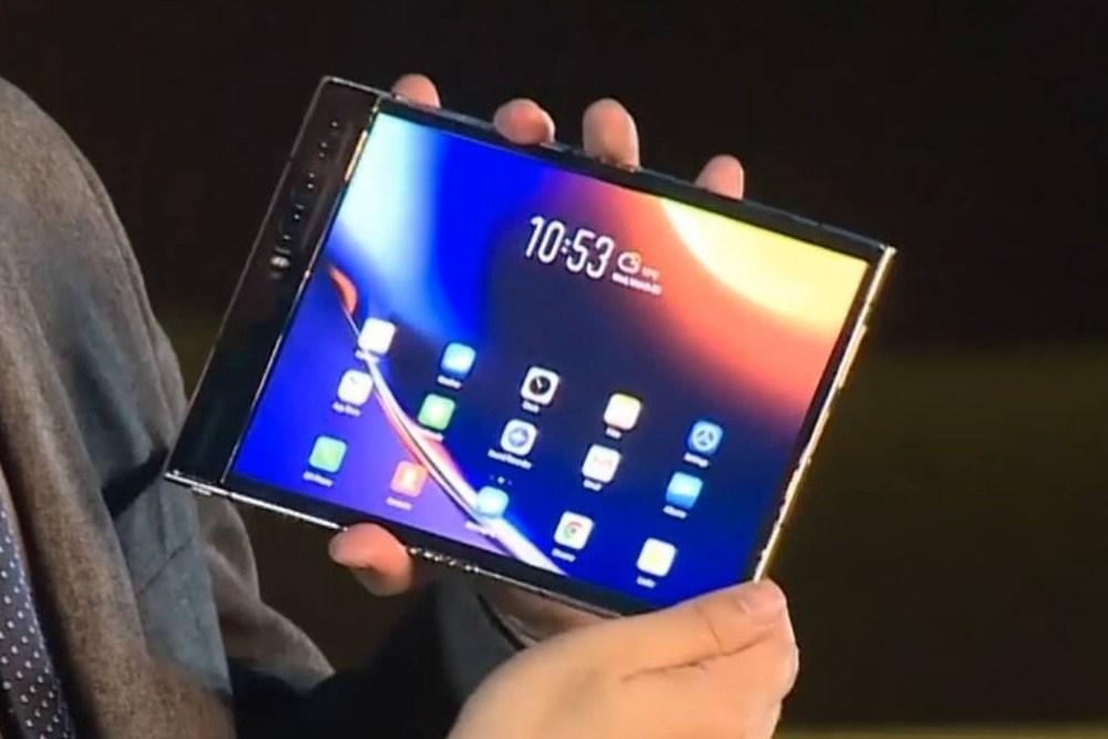 02fe8bb96539d78 柔宇揭曉第三代軟性螢幕,標榜凹折無痕、凹折半徑更小
