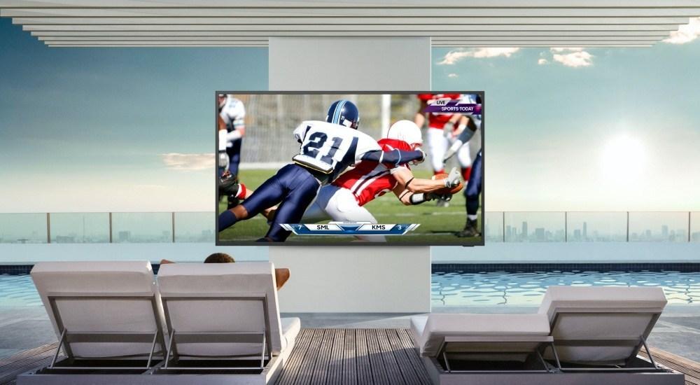 2020 The Terrace 2 針對戶外使用需求,三星推出亮度可達2000nits的The Terrace風格電視