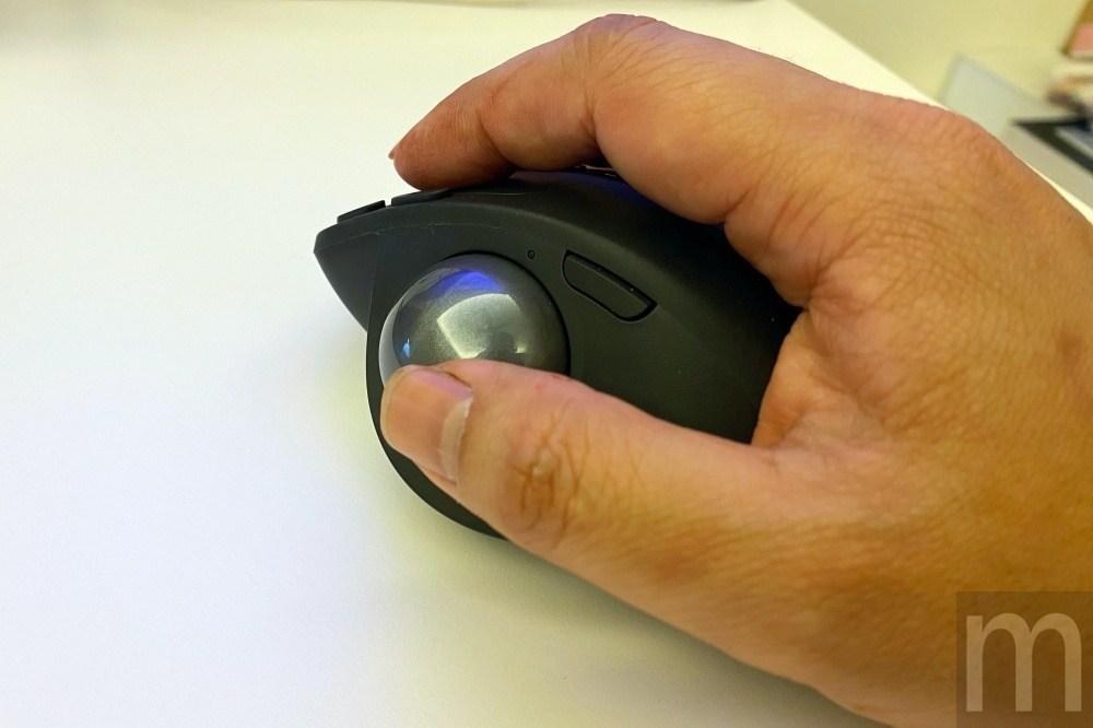 IMG 3226 動手玩/羅技如何藉由特殊滑鼠設計改善工作時的手腕痠痛問題?