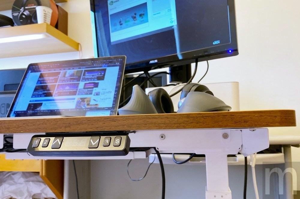 IMG 3259 動手玩/羅技如何藉由特殊滑鼠設計改善工作時的手腕痠痛問題?