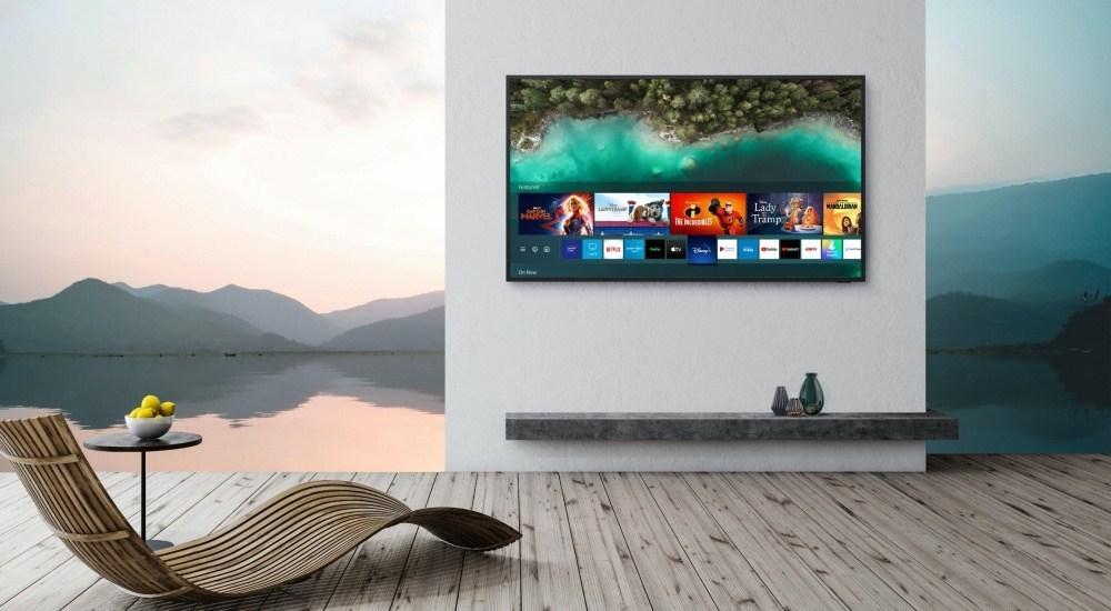 2020 The Terrace 1 針對戶外使用需求,三星推出亮度可達2000nits的The Terrace風格電視